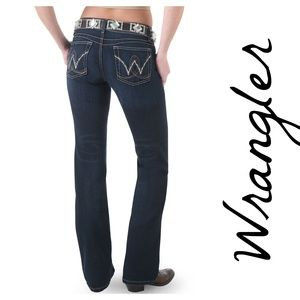 Wrangler Premium Patch Booty Up Technology Jean